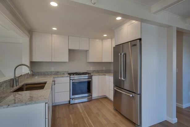333 Merrimac Street 2, Newburyport, MA - USA (photo 1)