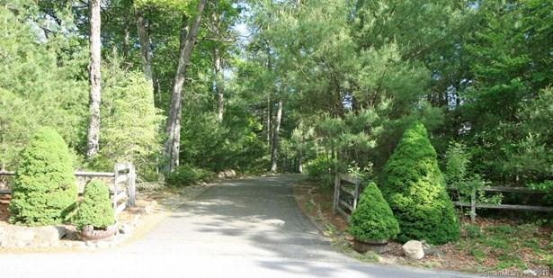 84 Hi Top Hill Road, Voluntown, CT - USA (photo 1)