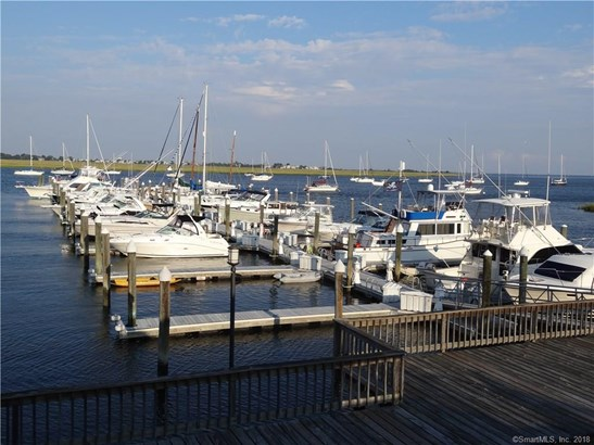 67 Harbour View Place 67, Stratford, CT - USA (photo 3)
