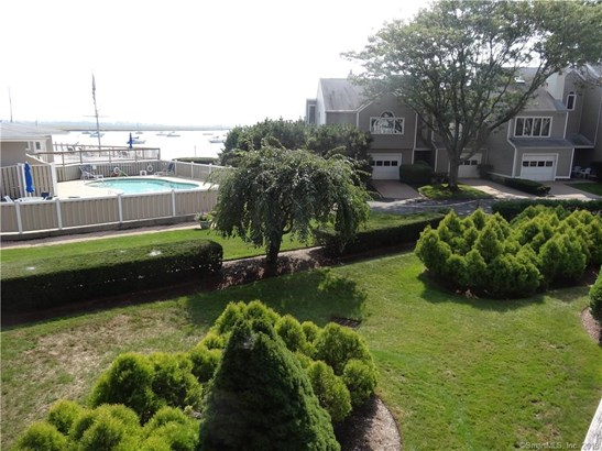 67 Harbour View Place 67, Stratford, CT - USA (photo 4)