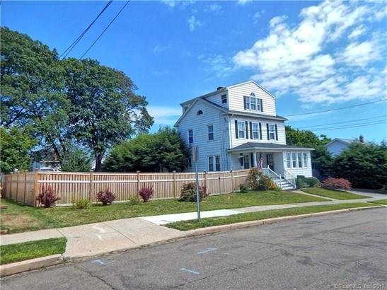 105 Dawson Avenue, West Haven, CT - USA (photo 2)