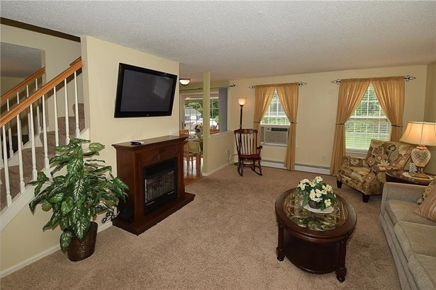 106 Amherst Drive, Manchester, CT - USA (photo 4)