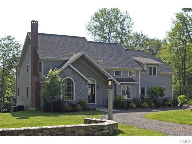 11 Meridian Ridge Drive, Newtown, CT - USA (photo 1)