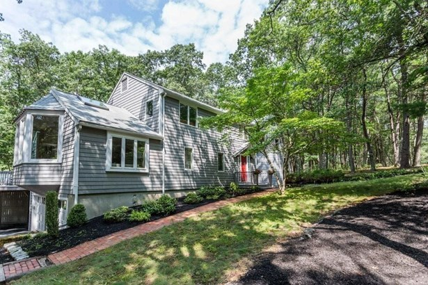 42 Mitchell Rd, Concord, MA - USA (photo 1)