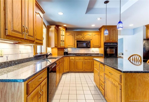 13 Giovanni Drive, Waterford, CT - USA (photo 5)