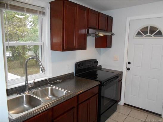 39 Silver Lane, East Hartford, CT - USA (photo 4)