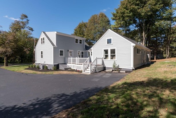 19 Planters Field Ln, Hingham, MA - USA (photo 2)