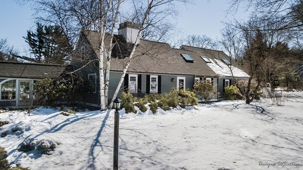240 Marbleridge Road, North Andover, MA - USA (photo 1)