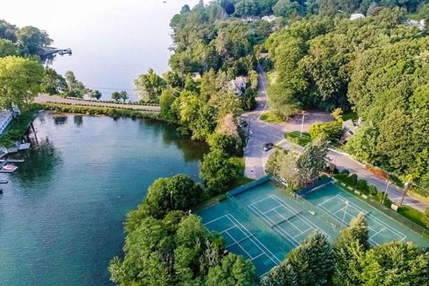 91 Lake Drive North, New Fairfield, CT - USA (photo 3)