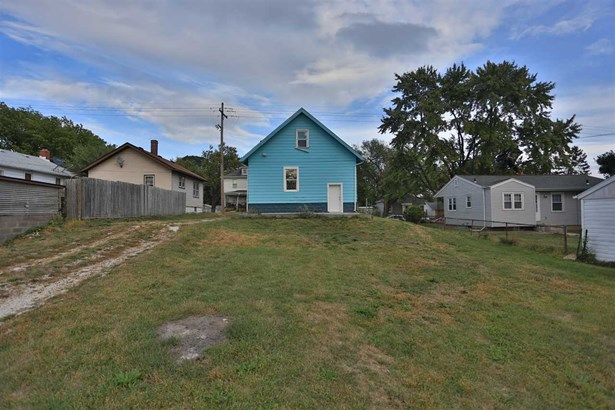 1.5 Story, Single Family - Peoria Heights, IL (photo 5)