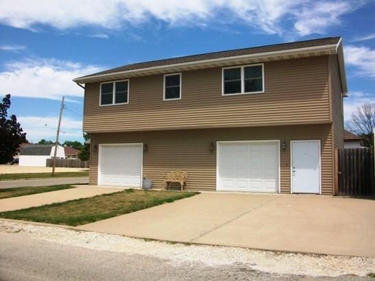 2 Story, Single Family - CANTON, IL