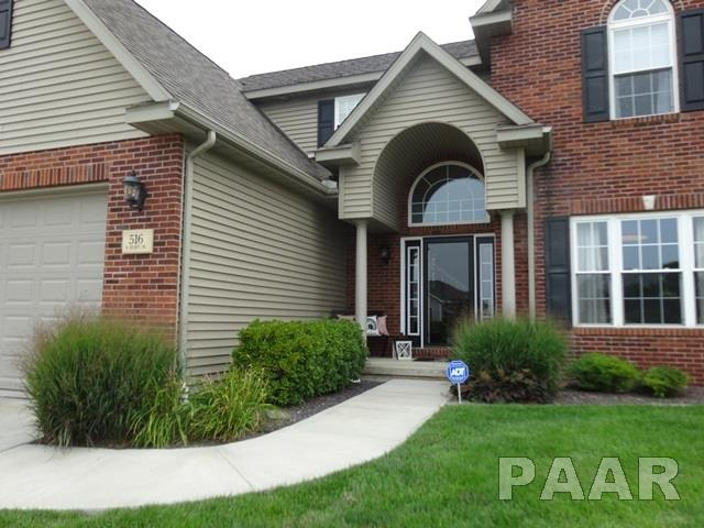 2 Story, Single Family - ELMWOOD, IL (photo 2)