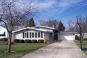 Tri-Level/3-Level, Single Family - Canton, IL (photo 1)