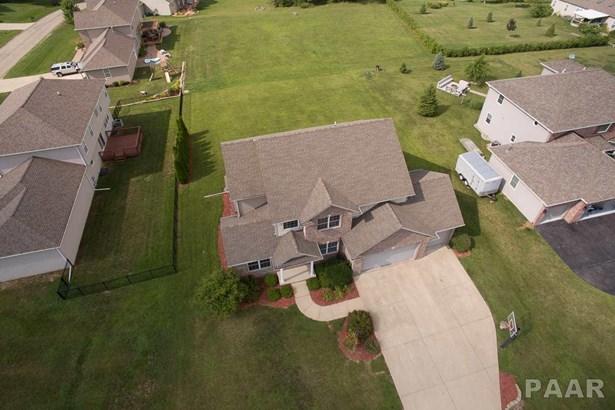 2 Story, Single Family - Metamora (Germantown Hills), IL (photo 2)