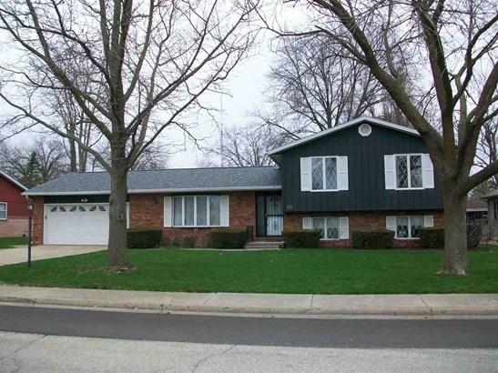 Tri-Level/3-Level, Single Family - Canton, IL (photo 1)