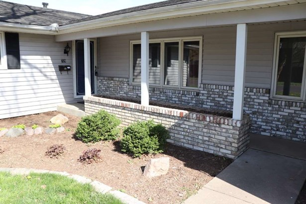 Ranch, Single Family - West Peoria, IL (photo 2)