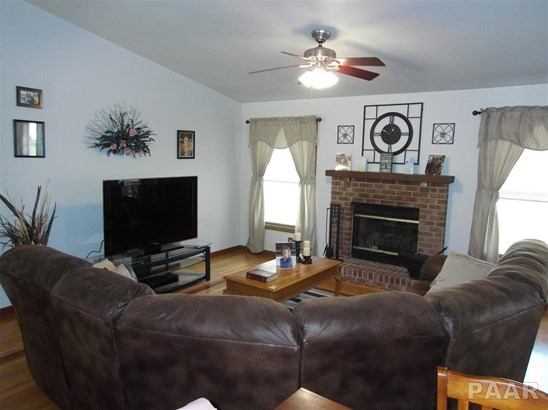 Ranch, Single Family - East Peoria, IL (photo 5)