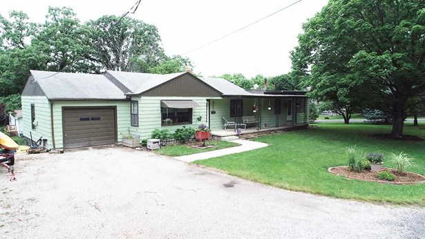 Ranch, Single Family - Eureka, IL