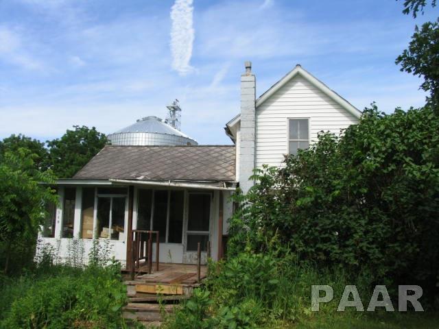 1.5 Story, Single Family - TOULON, IL (photo 1)