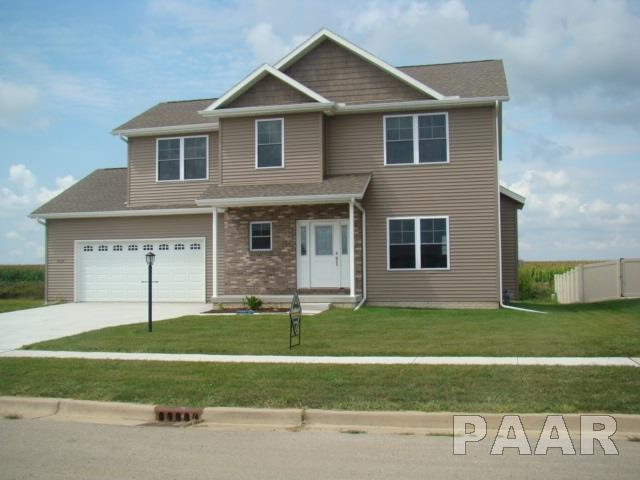 2 Story, Single Family - Eureka, IL (photo 1)