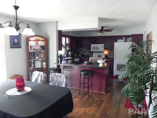 Split Foyer, Single Family - Tremont, IL (photo 2)