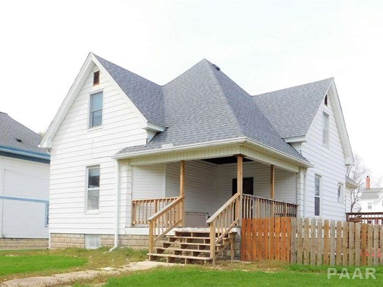 1.5 Story, Single Family - DELAVAN, IL (photo 1)