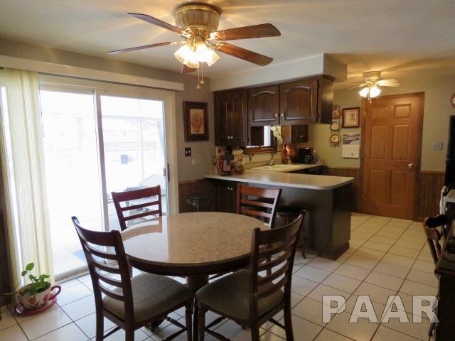 Tri-Level/3-Level, Single Family - East Peoria, IL (photo 4)