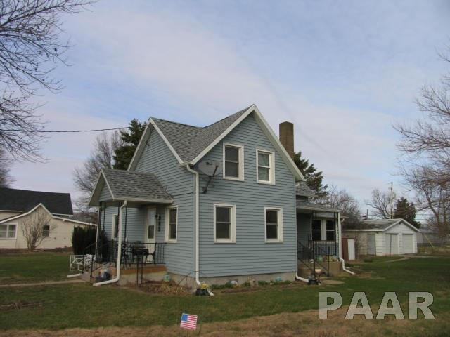 1.5 Story, Single Family - Wyoming, IL (photo 2)
