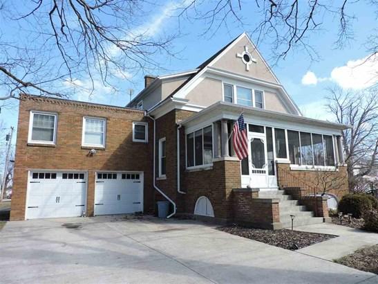 2 Story, Single Family - Elmwood, IL (photo 2)
