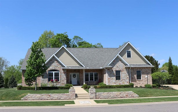 Ranch, Single Family - Washington, IL (photo 1)