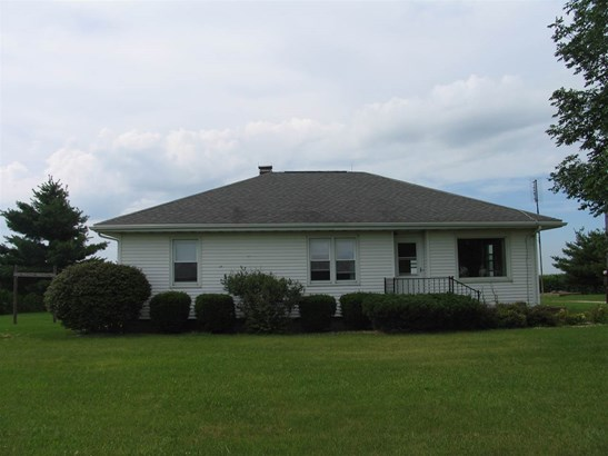 Ranch, Single Family - Wyoming, IL (photo 1)