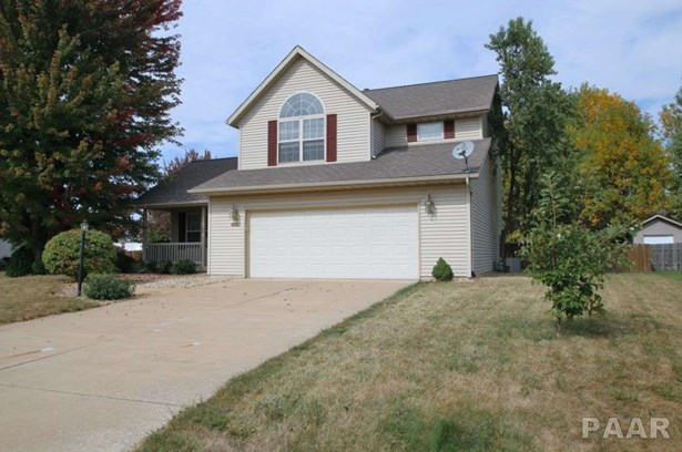 2 Story, Single Family - Germantown Hills, IL (photo 1)