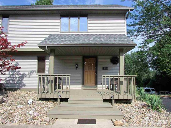 Attached Single Family, 2 Story - Chillicothe, IL (photo 1)
