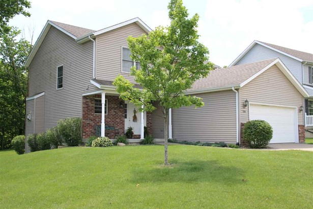 2 Story, Single Family - East Peoria, IL (photo 3)