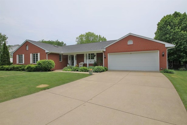 Ranch, Single Family - East Peoria, IL (photo 3)