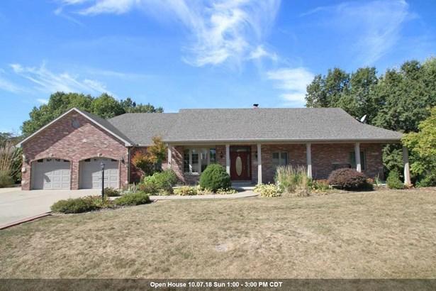 Ranch, Single Family - Mapleton, IL