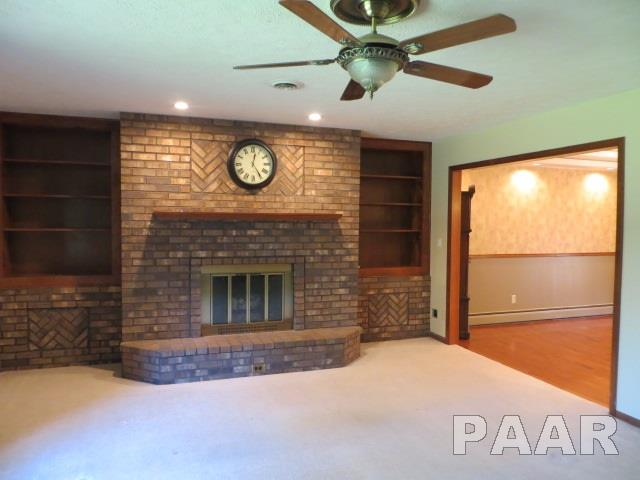 Tri-Level/3-Level, Single Family - Creve Coeur, IL (photo 3)