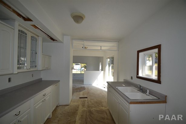 Ranch, Single Family - Peoria Heights, IL (photo 2)