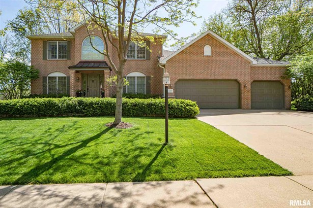 2 Story, Single Family - East Peoria, IL