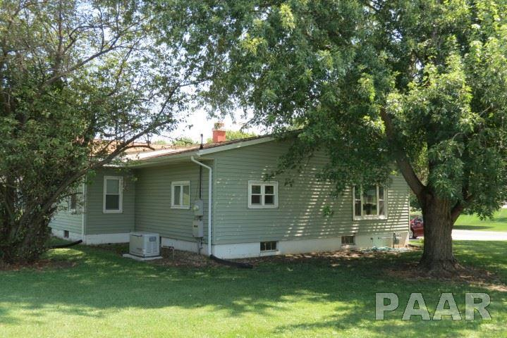 Ranch, Single Family - Elmwood, IL (photo 3)