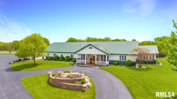 Ranch, Single Family - Tremont, IL