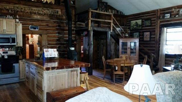 1.5 Story, Single Family - Topeka, IL (photo 4)