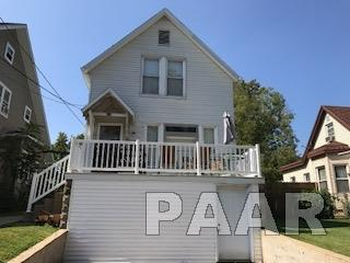 Residential Income, 2 Story - Eureka, IL (photo 1)