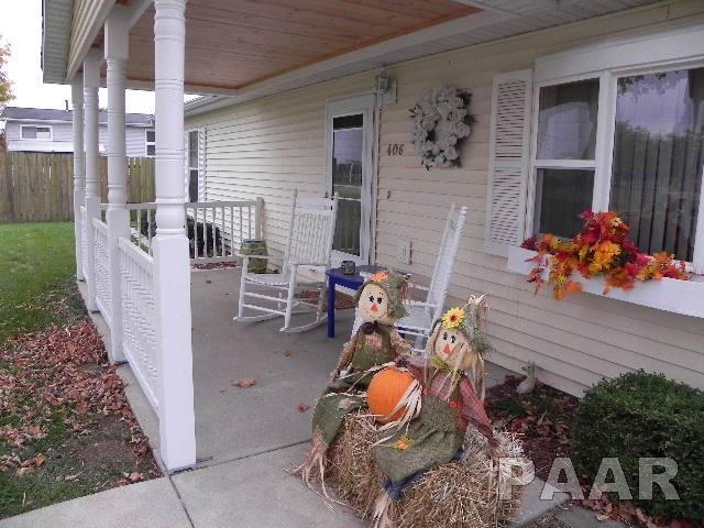 Ranch, Single Family - Atlanta, IL (photo 2)