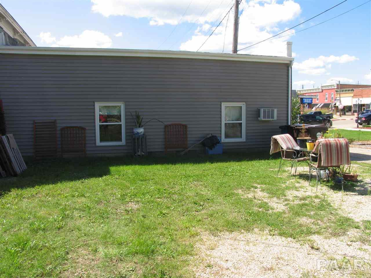 Apartment Building, Residential Income - Toulon, IL (photo 2)
