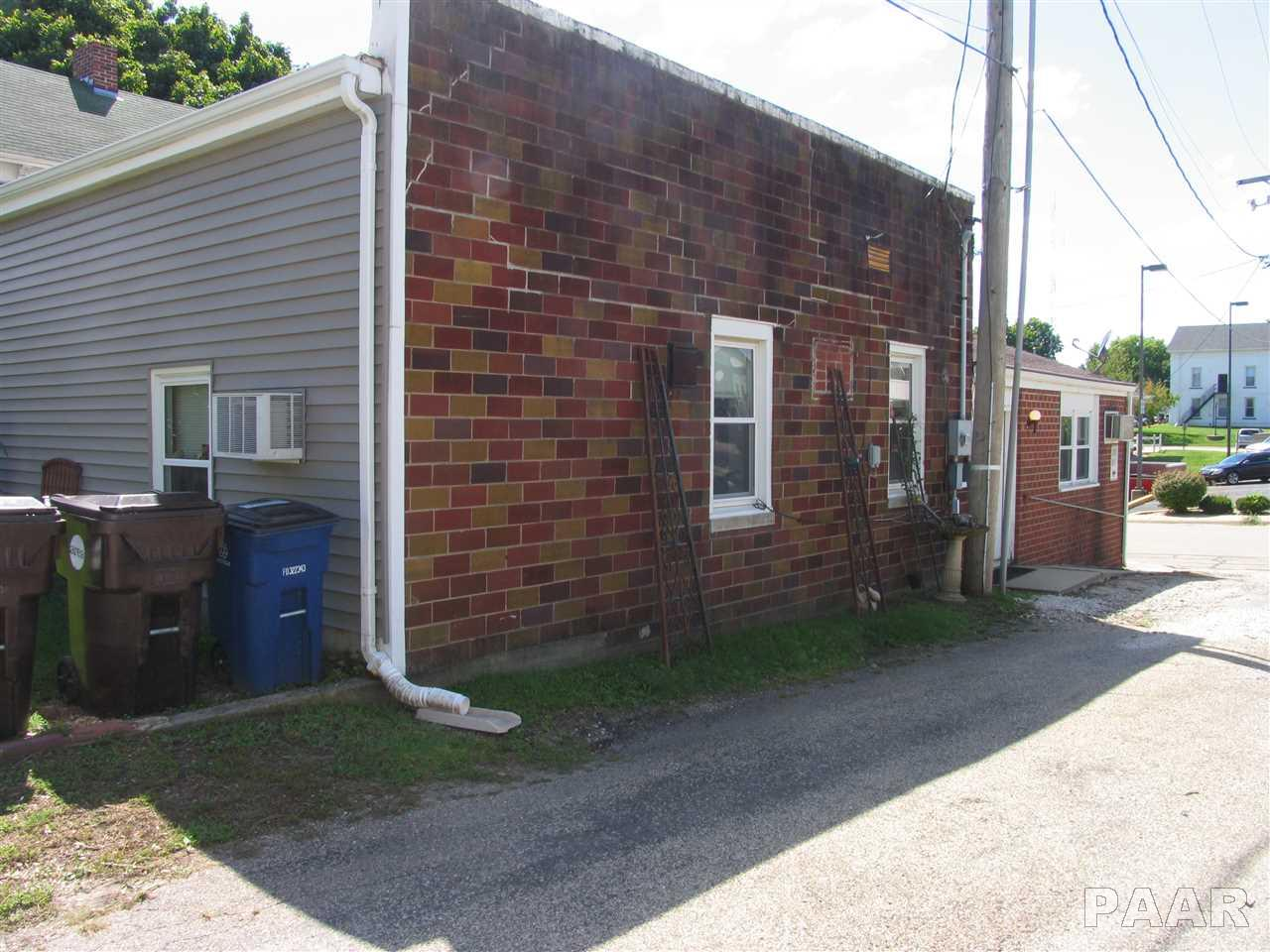 Apartment Building, Residential Income - Toulon, IL (photo 5)