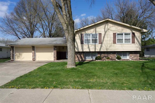 Tri-Level/3-Level, Single Family - Peoria, IL (photo 1)