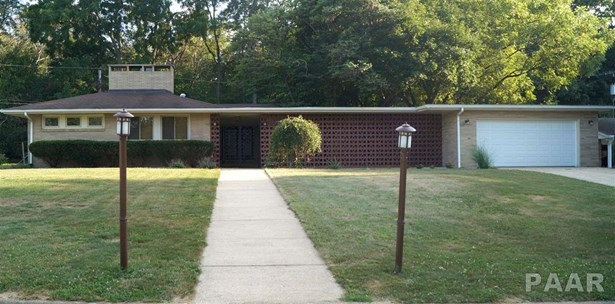Ranch, Single Family - Canton, IL (photo 2)