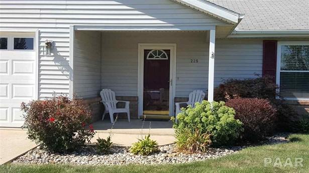 Ranch, Single Family - Canton, IL (photo 2)