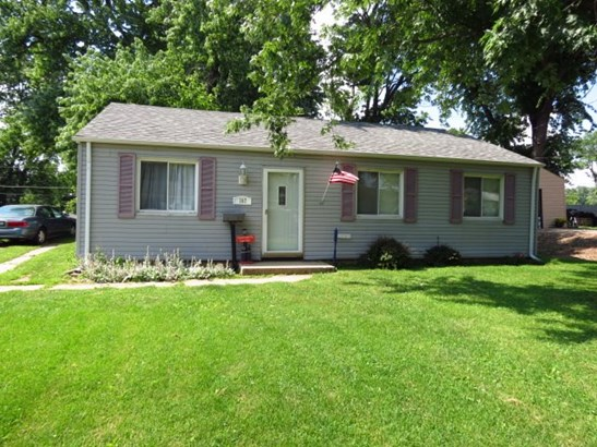 Ranch, Single Family - Marquette Heights, IL